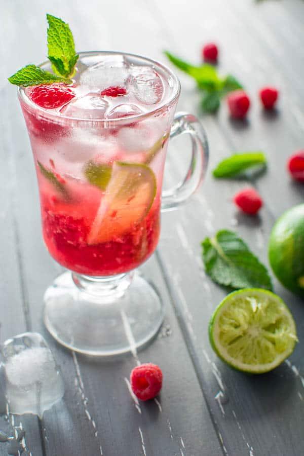 NON ALCOHOLIC RASPBERRY MOJITO - COOKTORIA